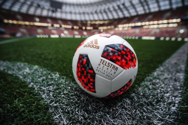The 17 Best Soccer Balls of 2021 – Unbiased Reviews & Purchasing Guide